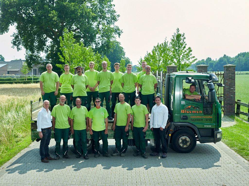 Bloemen Landschaftsbau & Gartenpflege GmbH wurde mit neuer Arbeitskleidung ausgestattet.